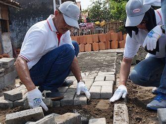 building-homes-rebuilding-lives